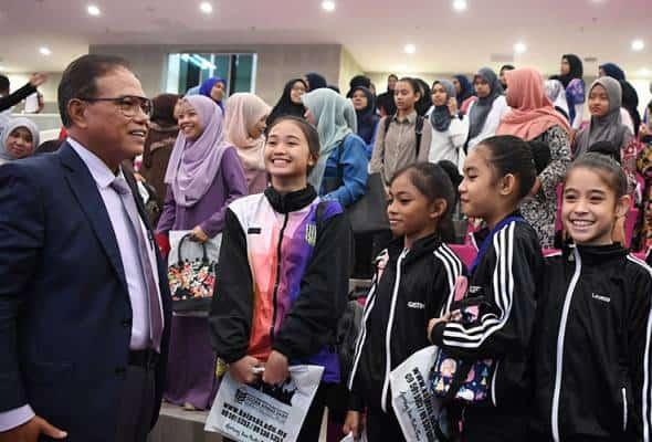 Pahang ke arah atlet pakai patuh syariah – MB