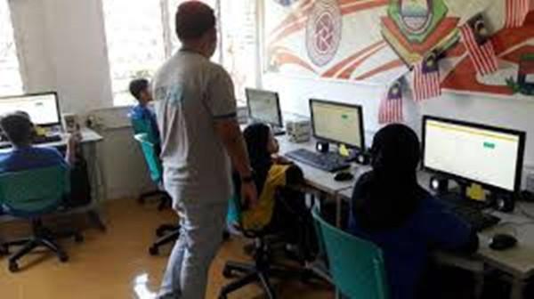 Modul kesedaran keselamatan siber negara di 300 sekolah