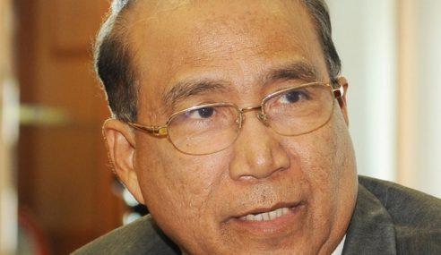 Wan Ahmad gesa Pengerusi, ahli SPR letak jawatan