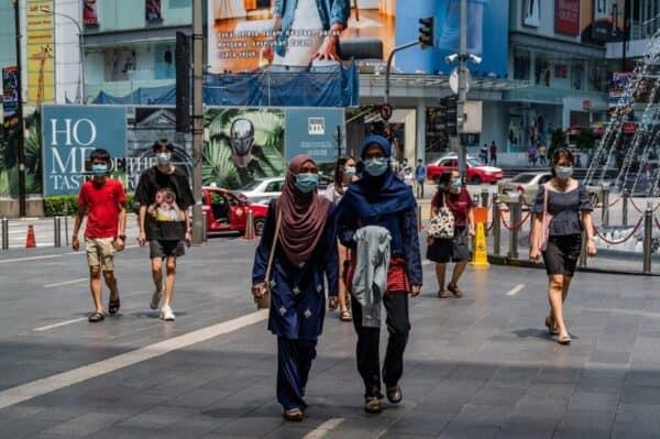 Pakai pelitup muka atau denda RM1,000