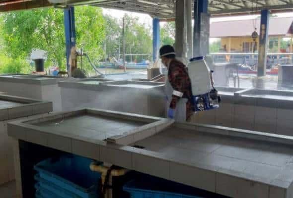 COVID-19: Pasar Nelayan Seberang Kota ditutup sementara