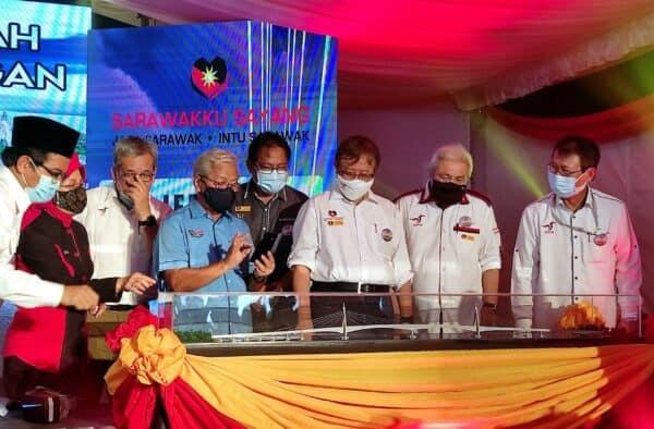 Sembilan jambatan lengkapkan jalan pesisir Sarawak siap 2024, kata Abang Johari