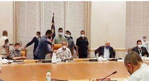 Perdana Menteri pengerusi Mesyuarat Khas MKN berkenaan COVID-19