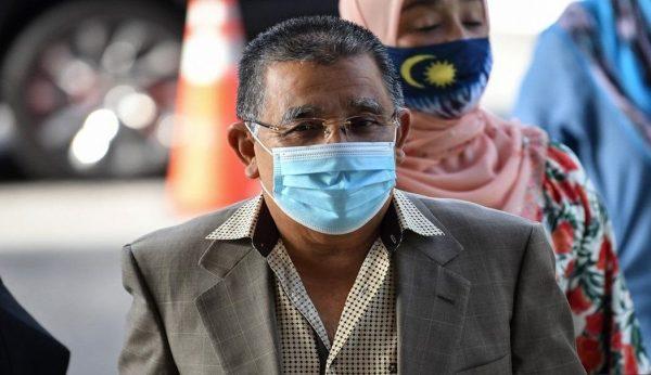 Mahkamah Tinggi sampaikan keputusan kes rasuah RM3 juta Isa Samad pada 9.30 pagi
