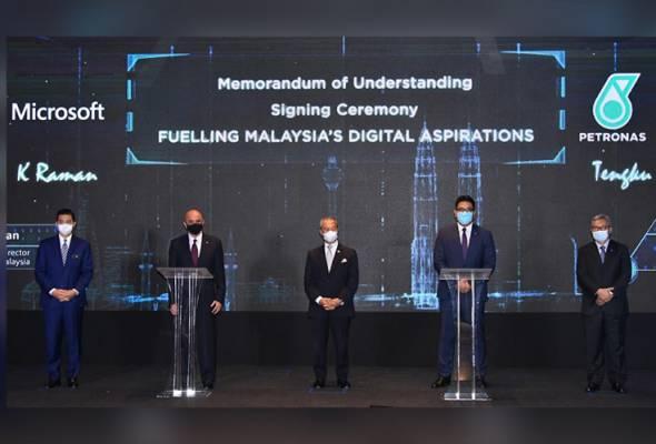 Petronas bekerjasama dengan Microsoft perkasa transformasi digital