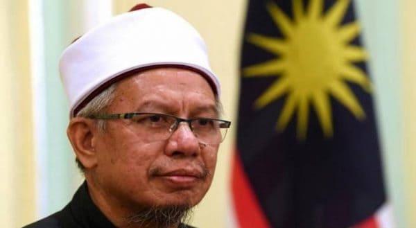 Umat Islam perlu ambil peluang belajar skil baharu – Zulkifli