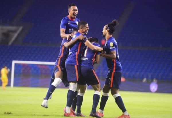 JDT selesa terajui Liga Super, Sarawak United rampas takhta Liga Premier