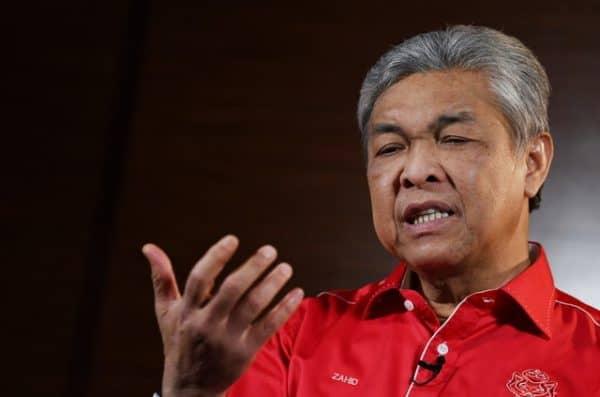 UMNO tarik balik sokongan kepada PM serta merta