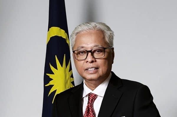 PM umum pengecualian bayaran sewa, teruskan moratorium bayaran sewa PPR