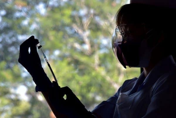 KPM tidak halang kehadiran pelajar tolak vaksin ke sekolah